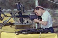 israeli_gun_child_3